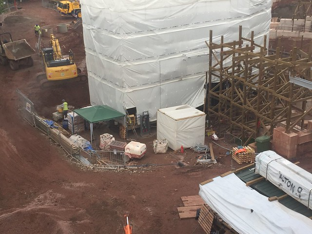 SW8 Construction Site - 22nd August 2017