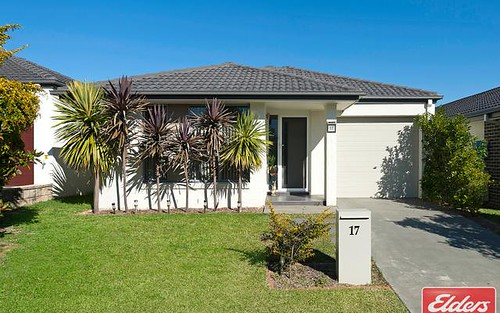 17 Sovereign Cct, Glenfield NSW 2167