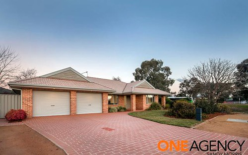 5 Pinschof Place, Conder ACT