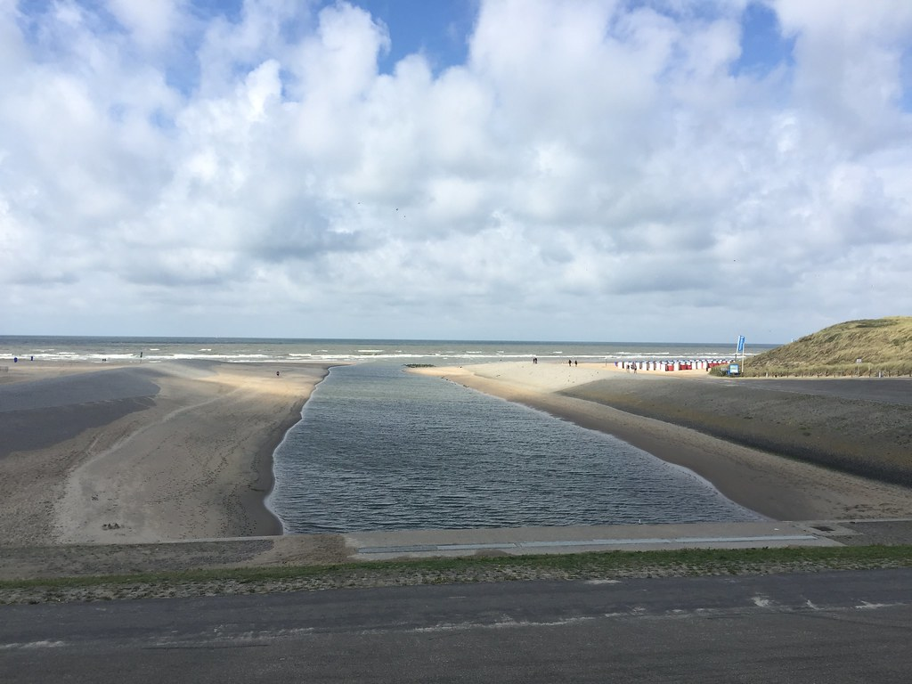 "Rijn outlet ""buitenwatering"" to the Channel (Netherlands 2017)"