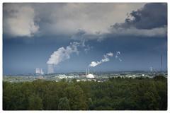 Wolkenmaschinen (Peter L.98) Tags: dortmund wolken himmel bäume natur kraftwerk sonya6000