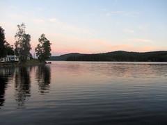 (helena.e) Tags: helenae norrland husbil motorhome ålga semester vacation water vatten snibbenscamping snibben camping evening kväll sommar summer sunset solnedgång
