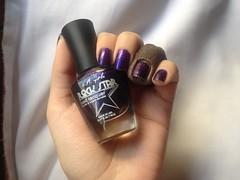 Groupie (L.A. Girl) (Daniela nailwear) Tags: groupie lagirl rockstar roxo shimmer esmaltes esmalteimportado mãofeita