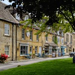 Coffee and Shade, Stow on the Wold. thumbnail
