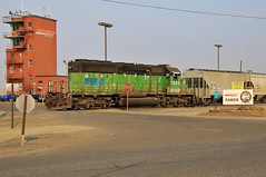 Welcome to Pasco (BravoDelta1999) Tags: burlingtonnorthernsantafe bnsf railway northernpacific np railroad lakesidesubdivision washington pasco yard emd sd402 1948 burlingtonnorthern bn