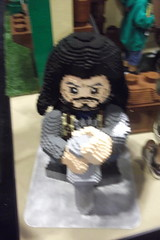 LEGO Thorin Oakenshield statue (splinky9000) Tags: fan expo toronto canada lego booth the hobbit an unexpected journey bagend bilbo baggins house lifesize model dwarves statue thorin oakenshield