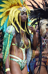 DSC_2885b Notting Hill Caribbean Carnival London Exotic Colourful Costume with Green and Yellow Feather Headdress Showgirl Performer Aug 28 2017 Stunning Lady Perhaps my favourite Costume (photographer695) Tags: notting hill caribbean carnival london exotic colourful costume showgirl performer aug 28 2017 stunning ladies lady with green yellow feather headdress perhaps favourite