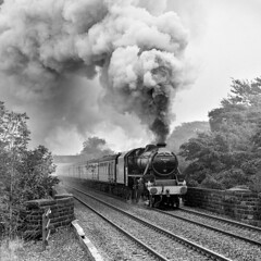 44932 at Barber Booth, near Edale. (johncheckley) Tags: uksteam passengertrain smoke black5