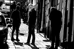 Out in the streets (andersåkerblom) Tags: streetphoto streetphotography street noire group people svartvitt monochro blackandwhite