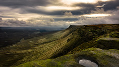 long way down (Phil-Gregory) Tags: nikon d72 tokina 1116mm 1120mm 1116mmf8 1120mmf28 1120mmproatx11 national nature nationalpark naturalphotography naturalworld natural naturephotography kinderscout sealedge cloudscape water pool green light countryside ngc