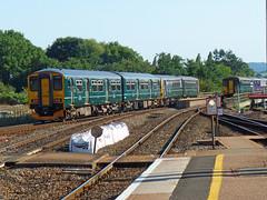 143611 & 150216 Exeter St Davids (Marky7890) Tags: gwr 150216 class150 sprinter 2t24 exeterstdavids railway devon devonmainline train
