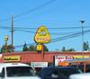 Winchell's Donut House, Tarzana, Calif. (Dan_DC) Tags: venturaboulevard tarzana encino sanfernandovalley losangelescalifornia sign winchellsdonuthouse