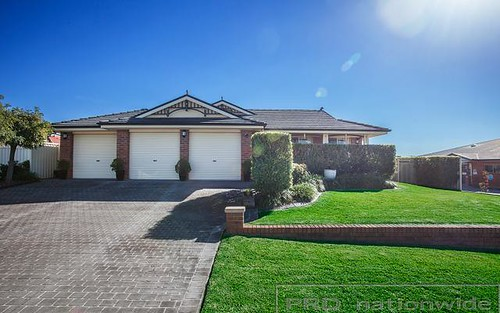 8 Sandalwood Avenue, Thornton NSW