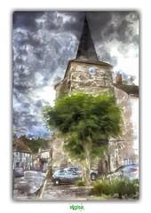 LE CLOCHER SAINT-SAUVEUR à HERISSON (régisa) Tags: bell tower clocher hérisson allier église church saintsauveur arbre tree auvergne