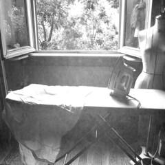 Ironing (*Caran*) Tags: square iron milan monochrome blackandwhite shirt