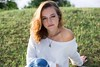 Pauline (WeosPhotography) Tags: weosphotography sun goldenhour women ginger redhair redhairs shooting hour canon6d 50mmf14 85mm reflector grass