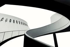 Le Havre Place Oscar Niemeyer (Elisa.z) Tags: 1022mm 2017 architecte architecture canon70d highkey lehavre levolcan nb normandie oscarniemeyer placeoscarniemeyer