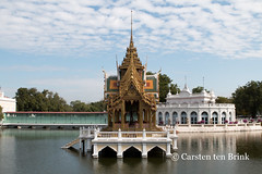 Bang Pa-In Summer Palace (10b travelling / Carsten ten Brink) Tags: 10btravelling 2017 asia asian asie asien ayuthaya ayutthaya bangpain carstentenbrink genericplaces iptcbasic otherkeywords southeast southeastasia thai thailand architecture lake palace pavilion reflection royalfamily royalty summer tenbrink water