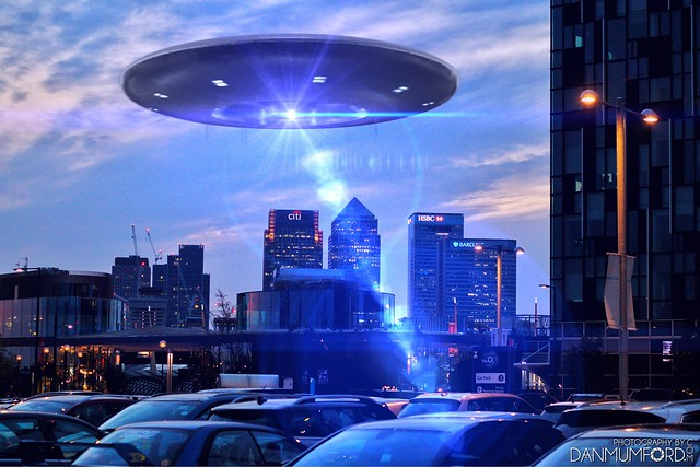 UFO Spotted near Canary Wharf!