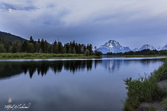 Moonset At Oxbow_27A0211 (Alfred J. Lockwood Photography) Tags: alfredjlockwood nature landscape oxbowbend river reflection mountmoran riverbank moonset clouds grandtetonnationalpark wyoming summer morning twilight