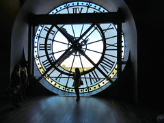 Clock, Musee d'Orsay, Paris France (duaneschermerhorn) Tags: musee museum orsay dorsay clock gallery people dark light