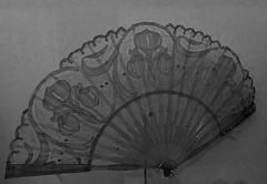faire dans la dentelle (1) (canecrabe) Tags: dentelle éventail normandie maisonrobert chantilly 1900 artnouveau iris courseullessurmer
