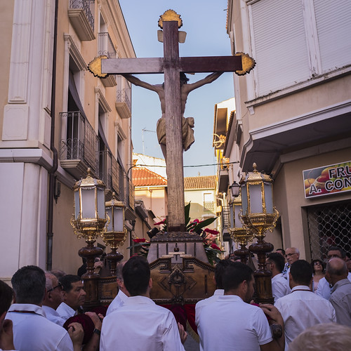 """(2017-06-23) - Vía Crucis bajada - Andrés Poveda  (10) • <a style=""""font-size:0.8em;"""" href=""""http://www.flickr.com/photos/139250327@N06/35691162863/"""" target=""""_blank"""">View on Flickr</a>"""