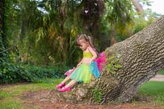 Descansando (Lorena Hoyos Fotografía) Tags: kids niños fotografía infantil retrato portrait fairy fairytale hada cuento capricho madrid