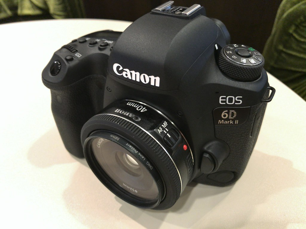 The world 39 s best photos of canon and 40mm and f2 8 for Canon 5dm4