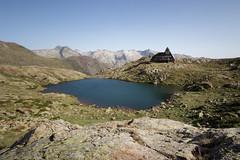 Montcalm et Pique D'Estats (Patatitphoto) Tags: montcalm piques destats ariège green paysage landscape lac de montagne pyrénées midipyrénées panorama 60d panoramique catalogne catalan espagne