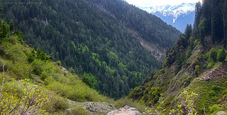 Climbing towards Khanako Baanda