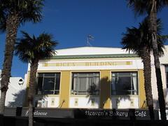 Napier Art Deco III (greenvale1994) Tags: napier artdeco architecture newzealand