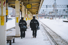 Ring Out | Otaru (Pumpkin Kuma) Tags: otaru station platform hokkaido japan nippon feb winter train transport railway rail nikon d810 小樽 小樽駅 北海道 jr