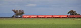 TL152 shunts around SCT's Dooen container terminal