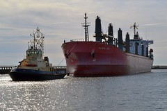 Global Arc Blyth 160817 (silvermop) Tags: ship boats ships sea bulkcarriers bulkers port river blyth globalarc