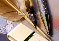 Macro Mondays - Evolution (Ramunė Vakarė) Tags: macromondays evolution paper feather pen biro ballpoint usbflashdrive lithuania eičiai ramunėvakarė