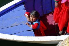 Child at Lake Titicaca - Peru (KieGe) Tags: 5dm3 peru laketiticaca puno child