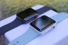 Apple Watch Series 3 Ceramic Gray Edition & Series 2 White (gudedomo) Tags: apple watch tv applewatch appletv 4k edition ceramic gray space spacegray black white series 3 series3 iphone8 iphone 8 plus 8plus wireless qi 2017 charging remote glass back new
