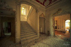 sleepwalking (MGness / urbexery.com) Tags: lost place places urbex urban exploration urbanexploration abandoned decayed floor corridor ruine ruins forgotten me dream abandones rusty steps urbexery chateau castle kastel palace creepy explorer rust orange window golden light wood holz stairs staircase windows broken dreams green
