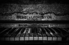 Old Piano B&W - DSC6415-4 1600 (cleansurf2 Urbex) Tags: urbex old black white bw monotone minimalism machinery music piano rustic worn decay paint peel vintage texture abandoned sony a7ii dark heritage emount
