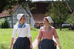 Die 2 Damen aus dem Anno Domini 1757