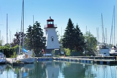 """Friends are like lighthouses with the sources of light coming from their heart."" (Trinimusic2008 - stay blessed) Tags: trinimusic2008 judymeikle nature reflections colour water lake lakeontario summer august 2017 humberbaypromenade toronto to ontario canada"