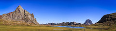 Anayet y Midi d'Ossau (copelius38) Tags: mountain lake luz landscape panoramic panoramica tre agua trekking pirineos