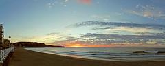Puesta de Sol en la playa de Salinas (@pabloralonso) Tags: playa beach sun sunset puestadesol atardecer blue azul clouds nubes ocean sea mar oceano marcantabrico playadesalinas paisaje landscape oranje naranja pentax pentaxk7 ngc asturias castrillon pano panoramica surf sport water waves