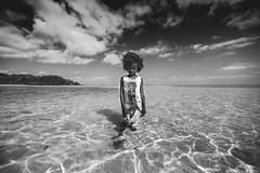 Bimbi (♫♪♭Enricodot ♫♪♭ an apple a day....) Tags: enricodot madagascar nosybe water sea seaside bn bnw blackandwhite bianconero