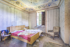 (La Fricherie) Tags: abandoned abandon architecture art abandonedhouse beautyindecay villa villaindecay beautiful beautifulforgot bedroom bed decay dark darkness exploration europeexploration explo exploring explorer sony sonyimages sonyalpha flickrunitedaward forgot forgotten franceexploration france friche lost lostplaces last lieu light lostitaly lafricherie memories maison past peinture paint painting palazzo obscurité oubli oublié old interior italy italie urbex urbanexploration urbanexplo urbandecay urbexeur urbexsud urbexpeople urbexitaly urban urbexeurope rustyandcrusty rurex room ruins trip negligted colors