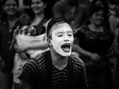 _MG_1046 (RichWicks1) Tags: guatemala centralamerica latinamerica face makeup streetart performer whiteface mask joker
