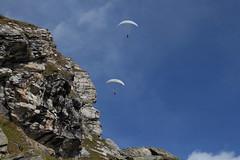 vercofly 2017 (bulbocode909) Tags: valais suisse grimentz valdanniviers vercofly parapentistes montagnes nature vert bleu cabanedesbecsdebosson