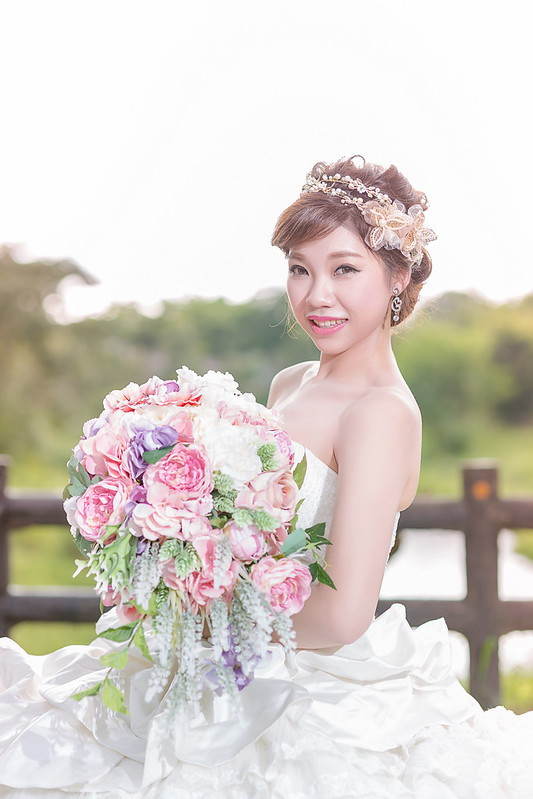嘉義新秘,新娘秘書,瀑布捧花 ,短髮新娘,韓風典雅
