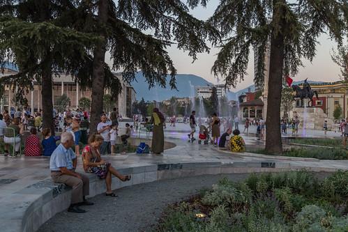 Sheshi Skënderbej, Tiranë
